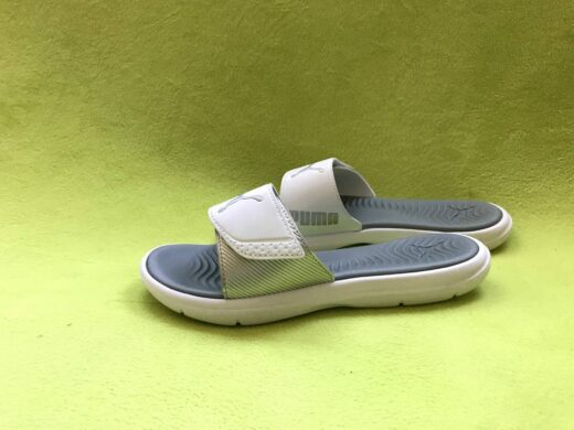 Puma Ladies Slides Beach Sandals Slippers Surfcat Wns White and Silver. Side view