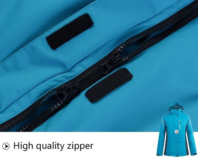 Sport Snow Jacket. High quality zipper.