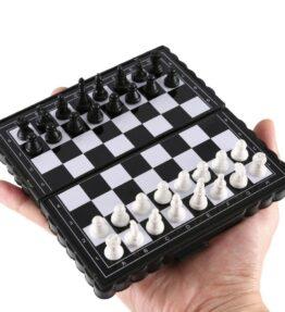 Mini Magnetic Plastic Chess Set
